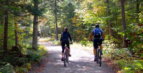 claude_la_riviere_cyclistes