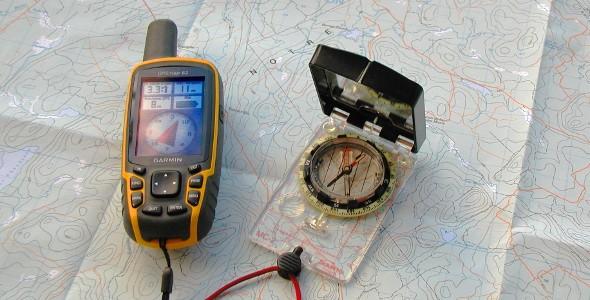 Carte boussole et GPS